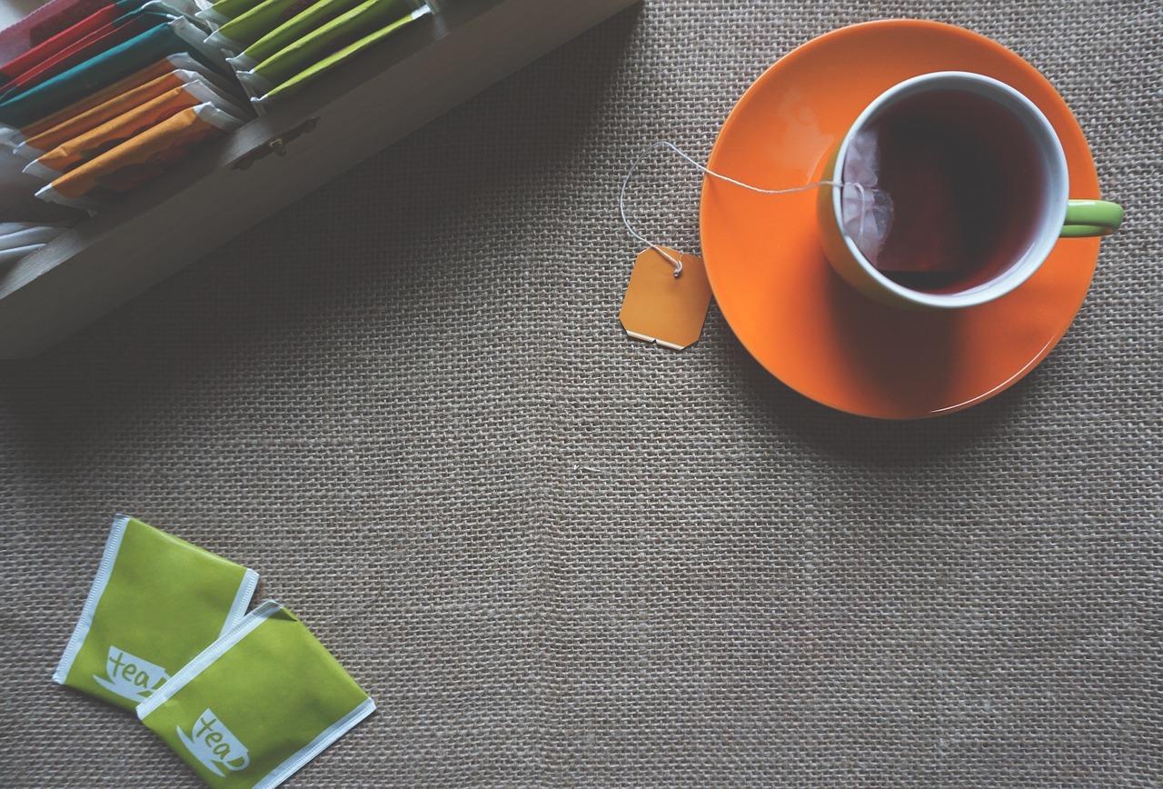 紅茶でインフルエンザ対策! 15秒でウイルスを無力化! カフェインレスでもうがいでもOK!