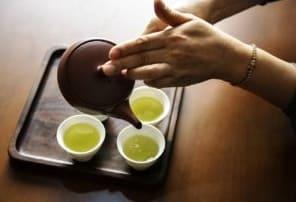 緑茶のカテキンがAGEによい